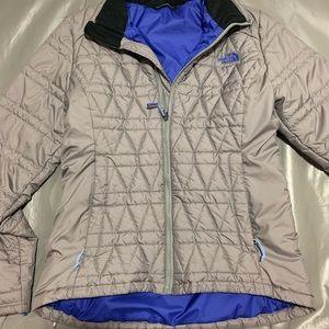 Women's Medium North Face Puffer Jacket